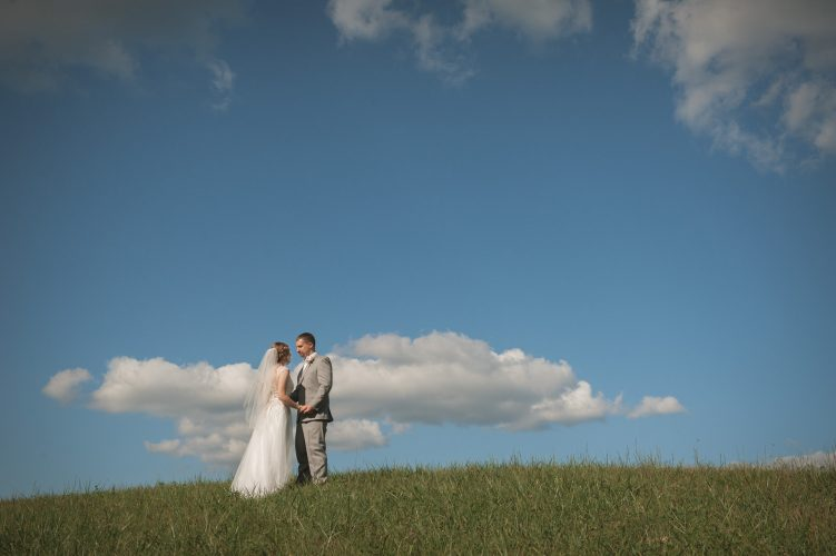 Hocking-hills-athens-lancaster-logan-ohio-wedding-photography-photographer-marriage-heart of the country-outdoors-princess-bride-direct sun