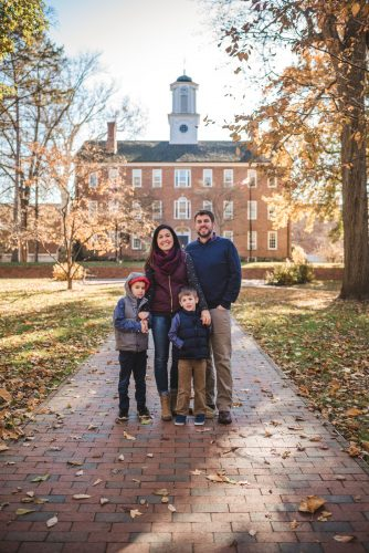 Family photography in Athens Ohio on Ohio University campus college green