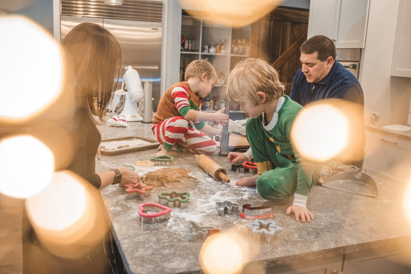 Family_Documentary_Photography_Christmas_cookies-27
