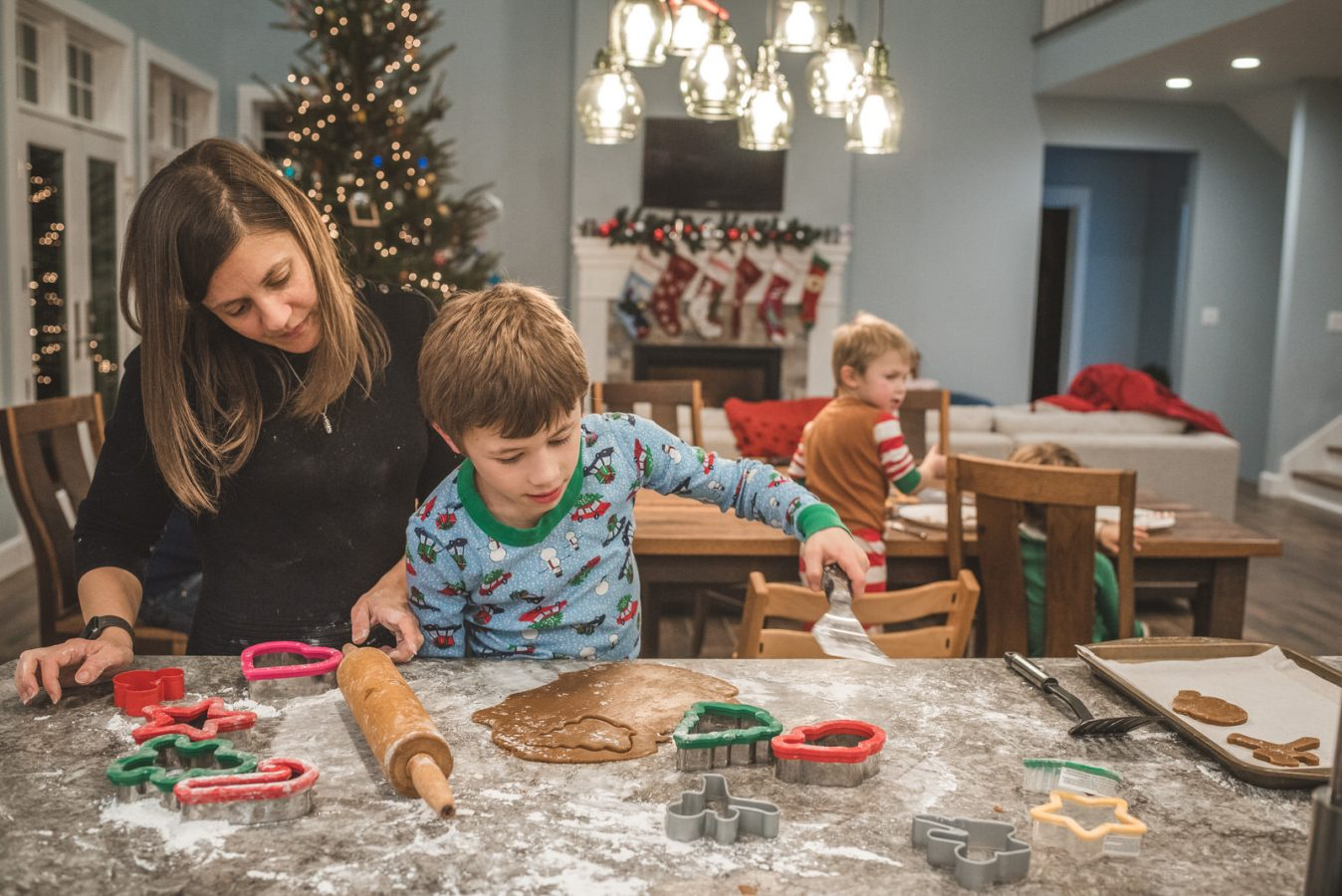 Family_Documentary_Photography_Christmas_cookies-29