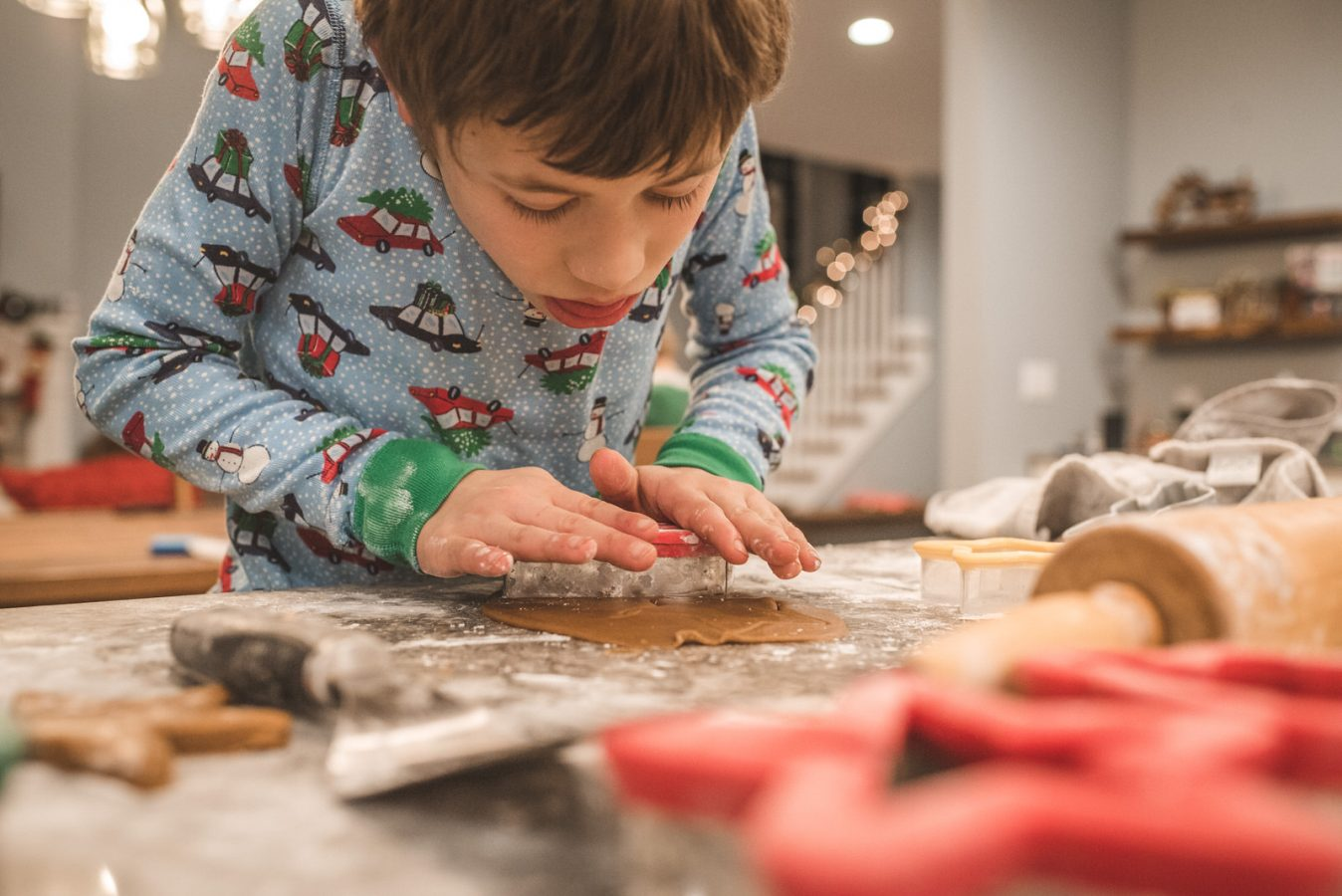 Family_Documentary_Photography_Christmas_cookies-32